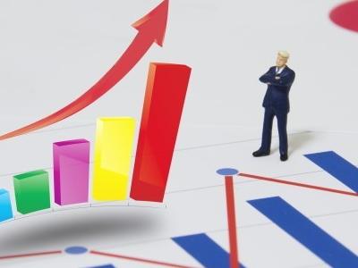 株価上昇・下落の際に語られる「PERから見て買い・売り」の意味を理解する